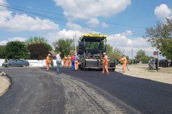 Două drumuri comunale din Tăuţi vor fi modernizate cu peste 3 mil. lei