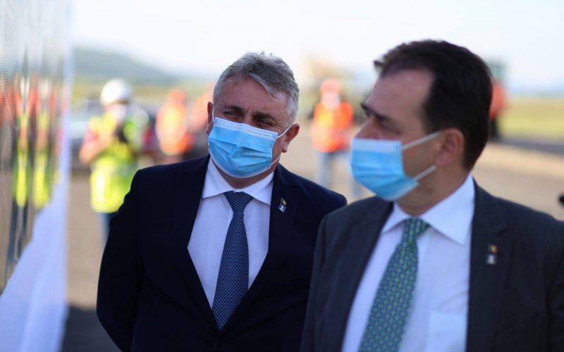Loturile 1 şi 2 ale Autostrăzii Sebeş-Turda, gata până la sfârşitul anului, susţin autorităţile