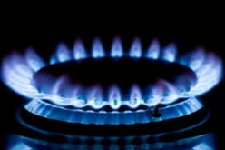 Consumatorii casnici ar putea plăti facturi de gaze mai mici şi cu 200 lei/lună, dacă renegociază contractul